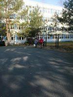 Gesamtschule-Königs-Wusterhausen_Grosser-Arbeitseinsatz-auf-dem-Schulcampus-Königs-Wusterhausen-der-FAWZ-gGmbH_4